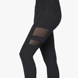Beyond Yoga side mesh leggings